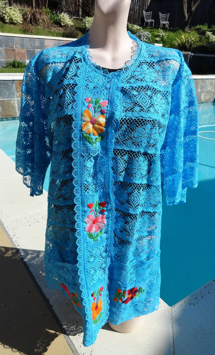 Vintage Mexican Turquoise Embroidered Floral Lace Cover Up