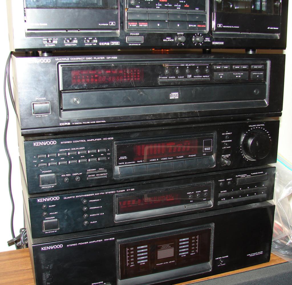 complete kenwood stereo system 6 components plus 2. Black Bedroom Furniture Sets. Home Design Ideas