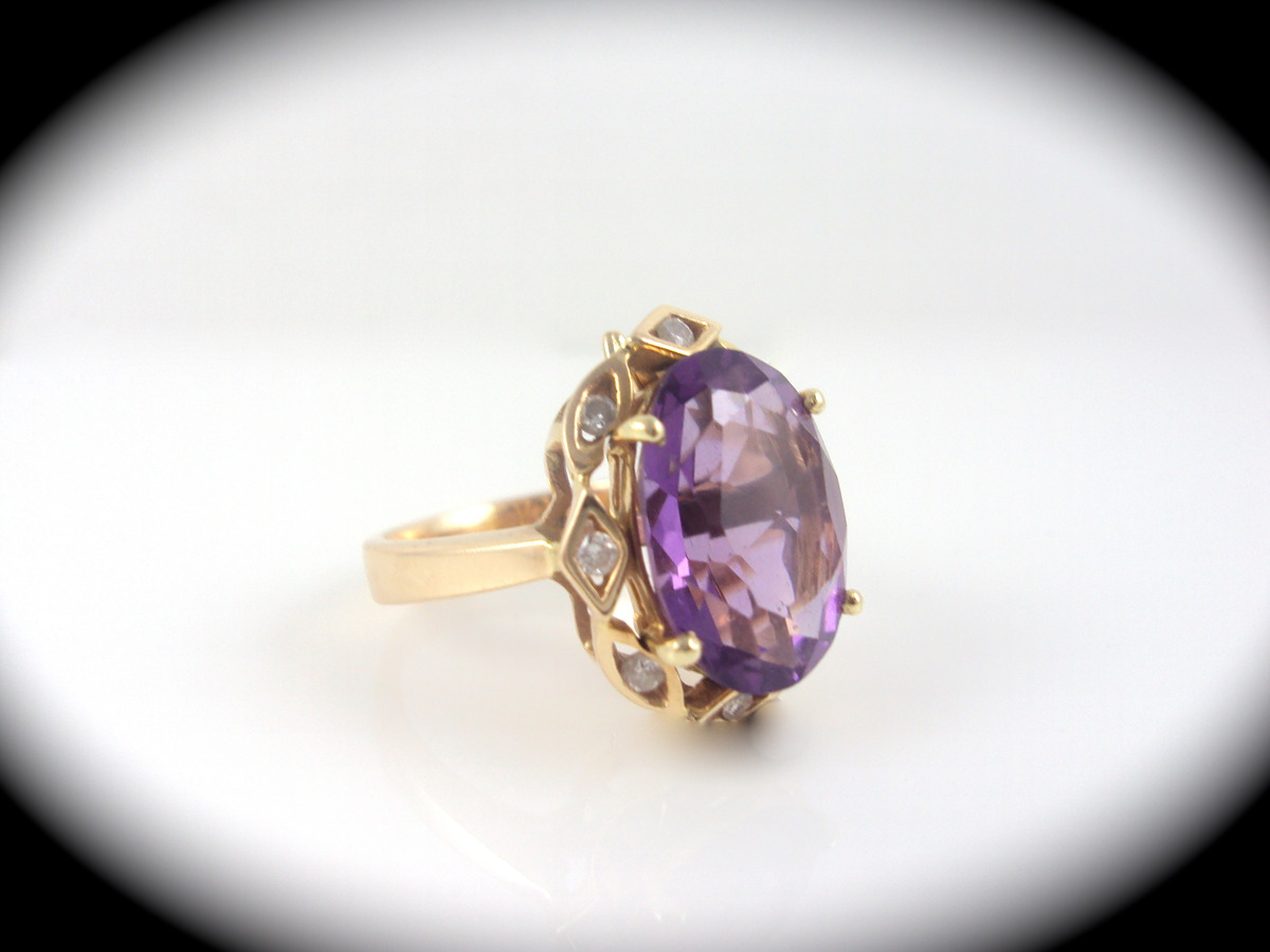 ring with interchangeable colored stones 14kt yellow gold
