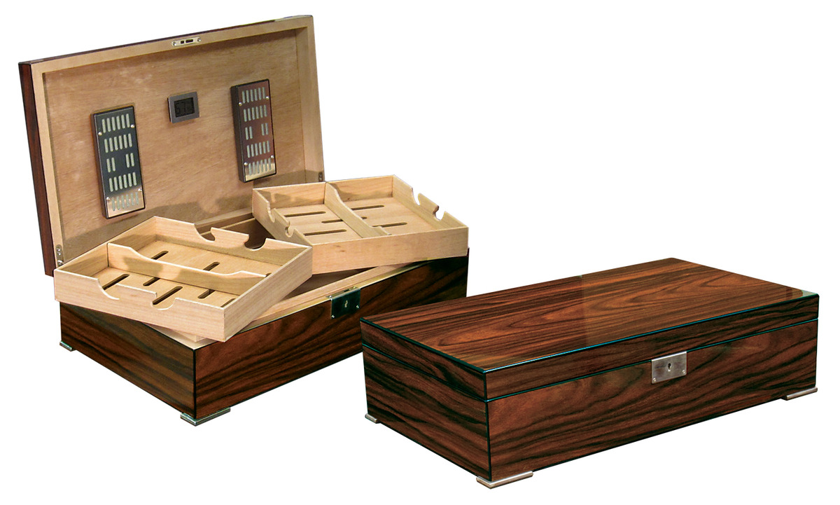 the salvador is a new and fresh design that a gorgeous brazilian rosewood lacquer finish with striking wood grain this humidor - Cigar Humidors