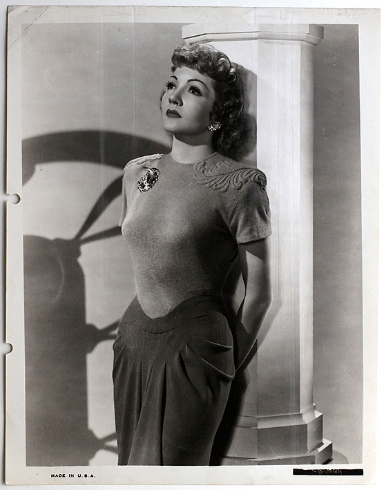 claudette colbert measurements