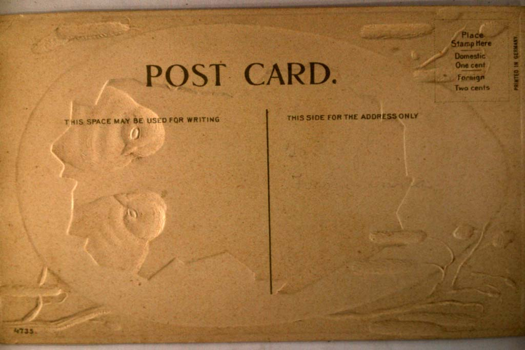 Unused pre-1915 TWO CHICKS LOOKING OUT FROM EGG - cute Easter postcard y4294