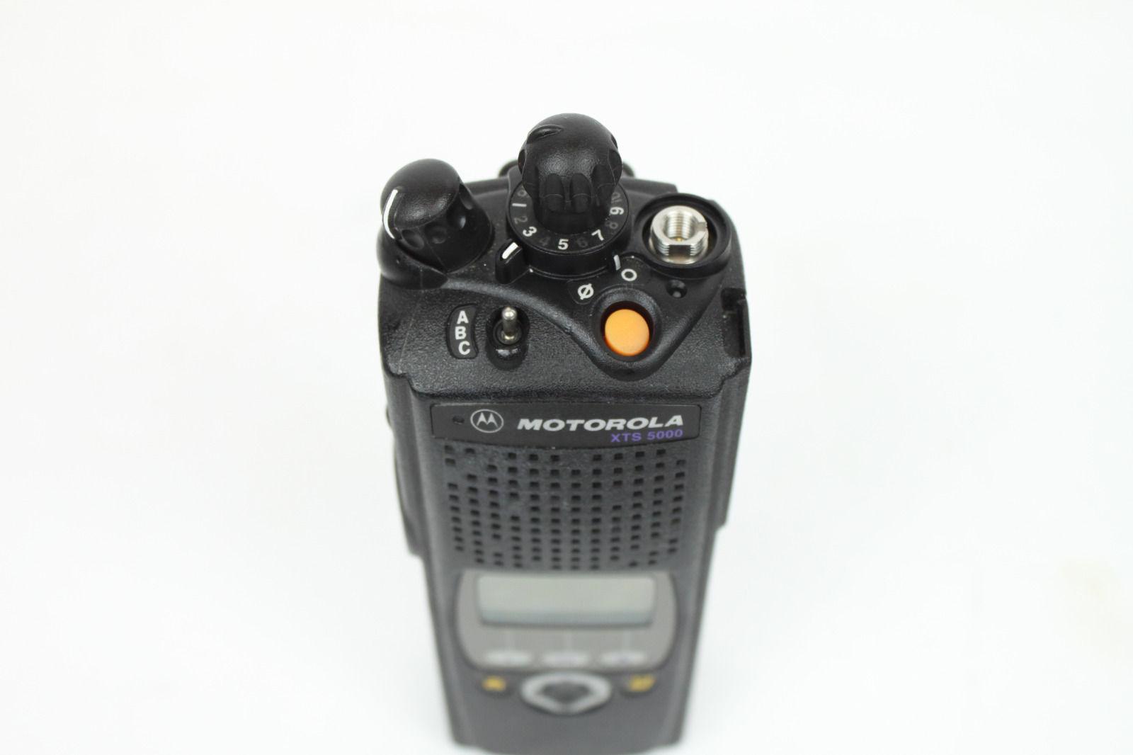 Radio holder motorola apx 6000 - Description