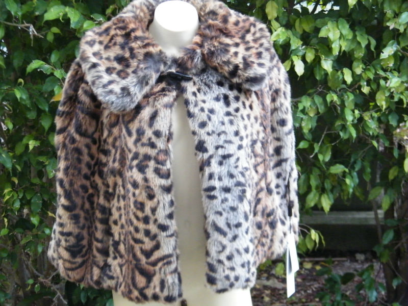 BEBE-JACKET-coat-shrug-faux-fur-leopard-cape-485995