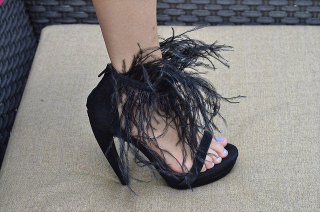 BEBE-SHOES-sandals-HEELS-Giselle-Black-feathers
