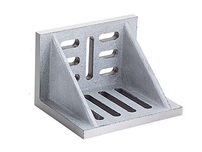 "brand new; webbed angle plate; 6""x5""x4-1/2""; made of high tensile cast iron"