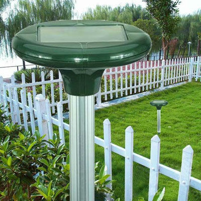 Yard-Solar-Power-Multi-Pulse-Snake-Pest-Repeller-T93