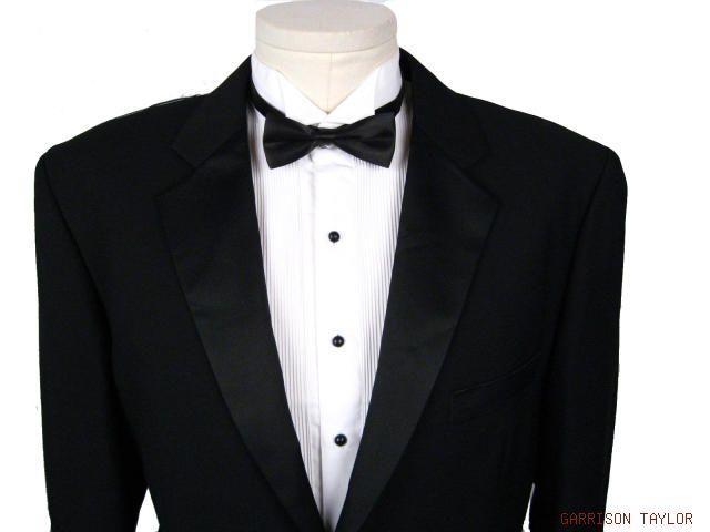 Tuxedo_One_Button_1.jpg