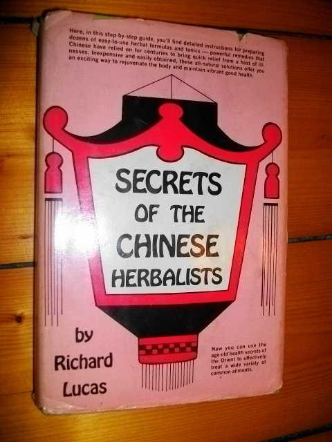 SECRETS-of-the-CHINESE-HERBALISTS-Richard-Lucas-HC-DJ-1st-Ed-1977
