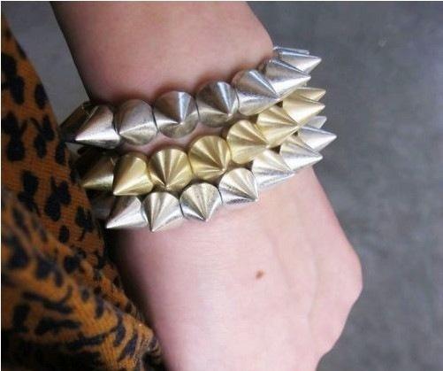 Hot-Cool-Rock-Punk-Studs-Spike-Rivets-Elastic-Stretch-Bangle-Fashion-Bracelet
