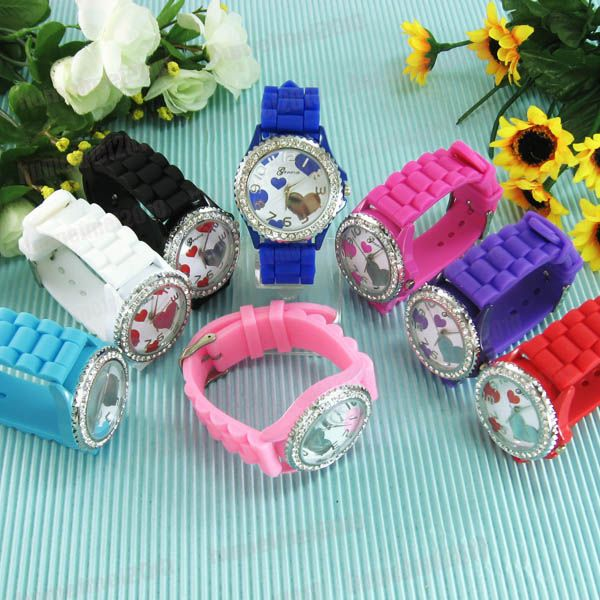 Fashion-Geneva-Heart-Silicone-Jelly-Crystal-Rhinestone-Unisex-Wrist-Watch-M582
