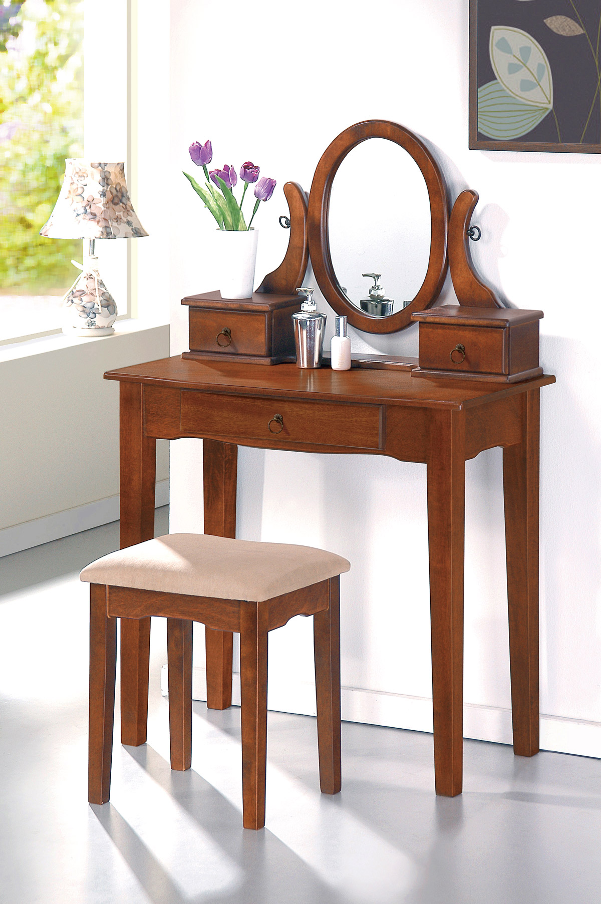 What Is The Best Stool Vanity Set