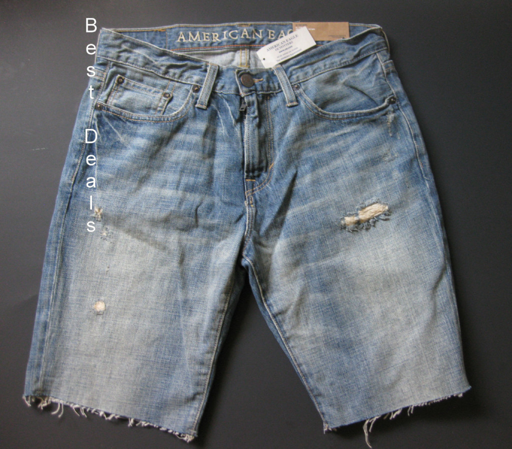 American Eagle Outfitter is THE place to find denim shorts for every individual. As America's favorite jeans brand, we have been making the highest quality, best-fitting jeans AND jean shorts for over 40 years. With a denim heritage decades in the making, we're constantly evolving to bring you the latest fits, fabrications, washes, and details.