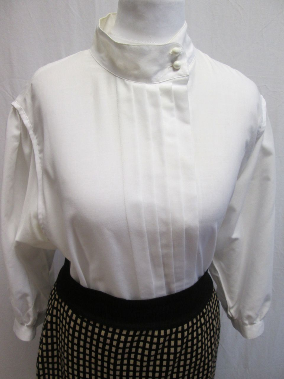 White Blouse High Collar 85