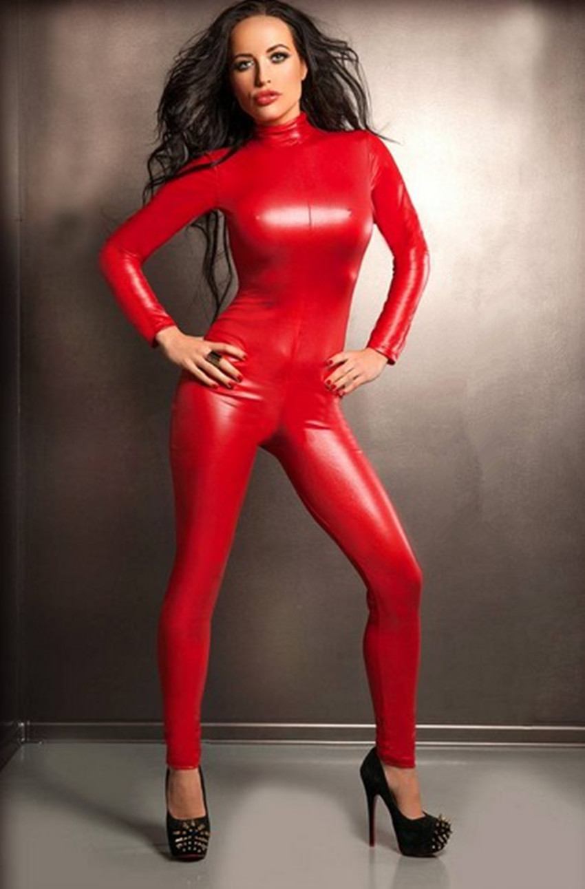 how to keep cool in a latex catsuit