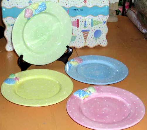 Buy Patti Cappell Plates Beach 3-Dimensional Seashell Polka Dots Pastels 4 New at AtomicMall.com