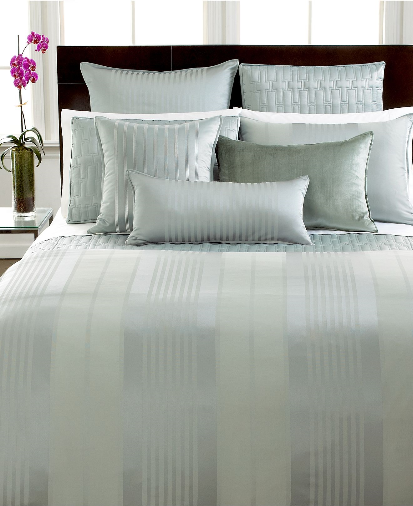 Hotel Collection Brushstroke Coverlet: HOTEL COLLECTION Classic Stripe FULL