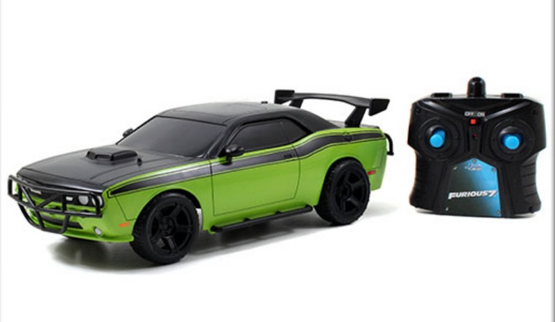 Fast Amp Furious 7 Letty S Dodge Challenger Srt8 Radio