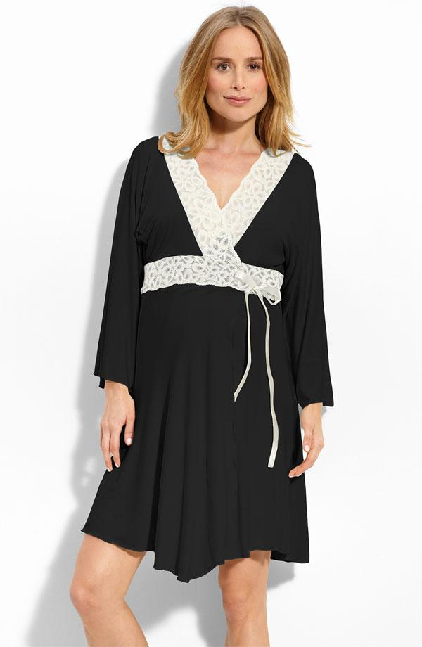 Free shipping on maternity clothes for women at bloggeri.tk Shop maternity clothes, jeans, dresses & more from the best brands. Totally free shipping & returns.