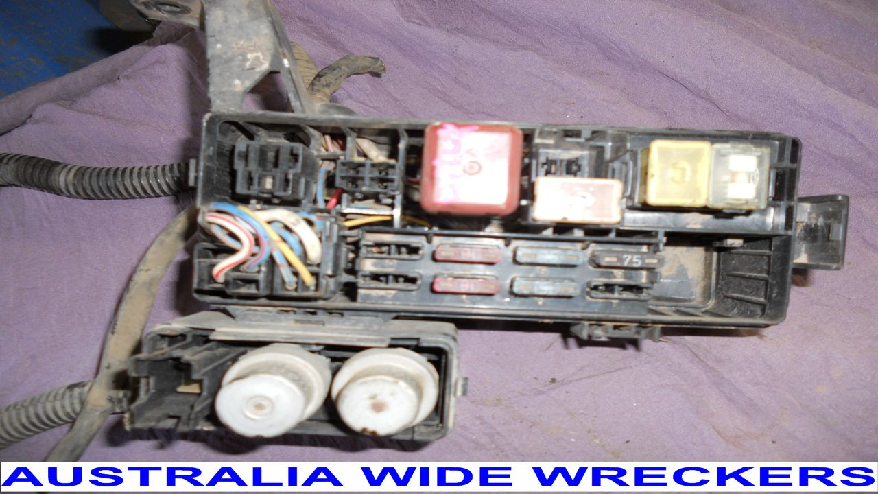 1989 Hilux Fuse Box Great Design Of Wiring Diagram 1995 Toyota Pickup 1996 Petrol Relays Wires Cut 1988 Van