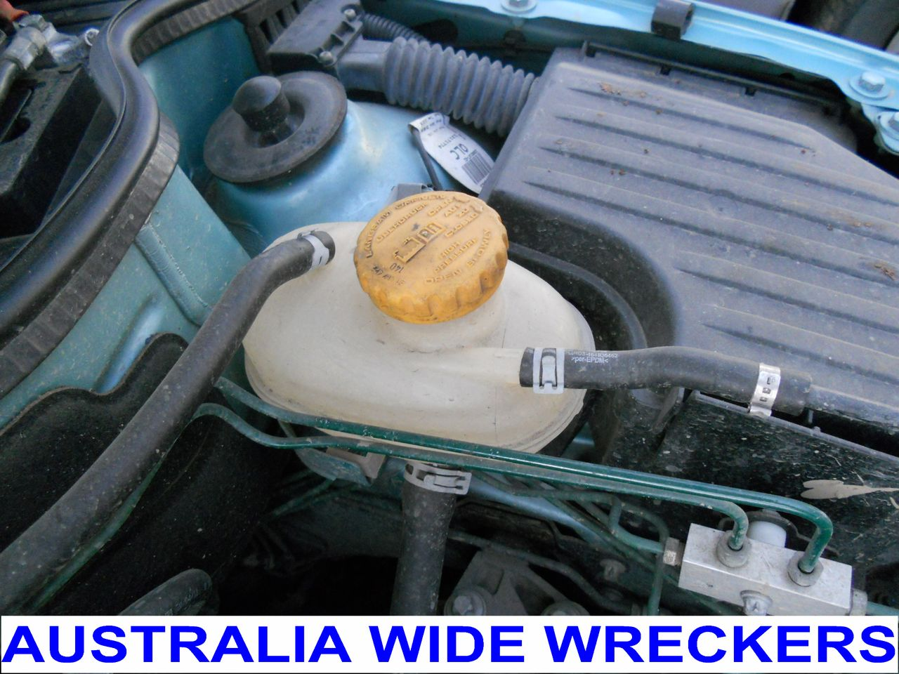 HOLDEN-BARINA-XC-2001-2005-RADIATOR-OVER-FLOW-BOTTLE-RESERVOR-WRECKING-CAR
