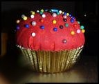 cupcake_pincushion_1.JPG