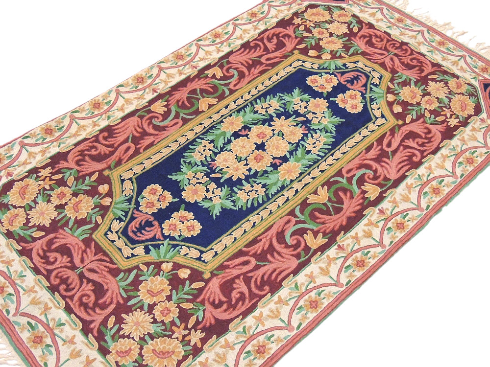 Suzani Kashmir Wall Rug Mughal Design Tapestry Art Luxury