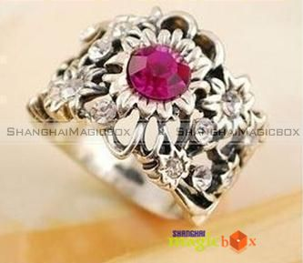 Women Fashion Vintage Flower Rhinestone Wide Silvery Color Ring New