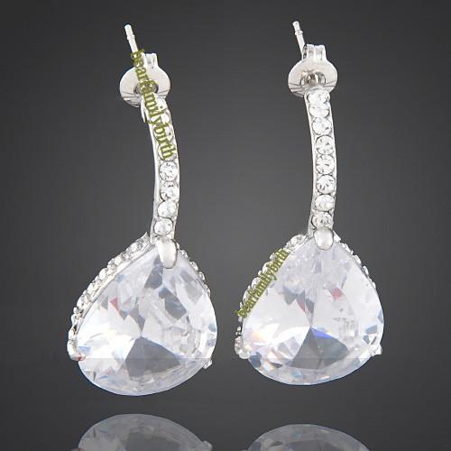 18K White Gold GP Swarovski Crystal Elegant Earrings E22