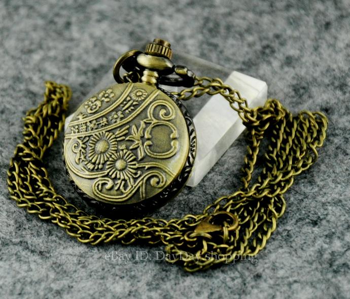 3匹马驰骋竞赛搪瓷蒸汽朋克项链青铜花纹的怀表