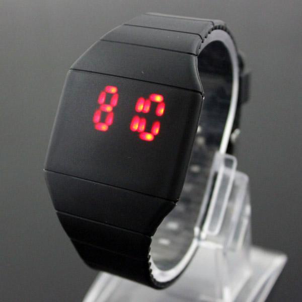 Fashion-Lady-Mens-Digital-Red-LED-Watch-Wristwatch-Gift-New