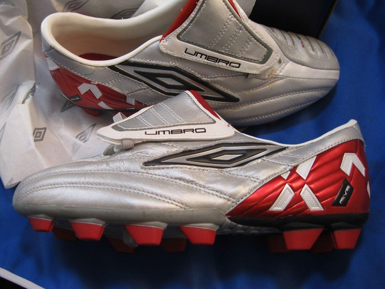 UMBRO Xai V Prem-KL-A KTK FG Silver White Soccer Shoes   eBay