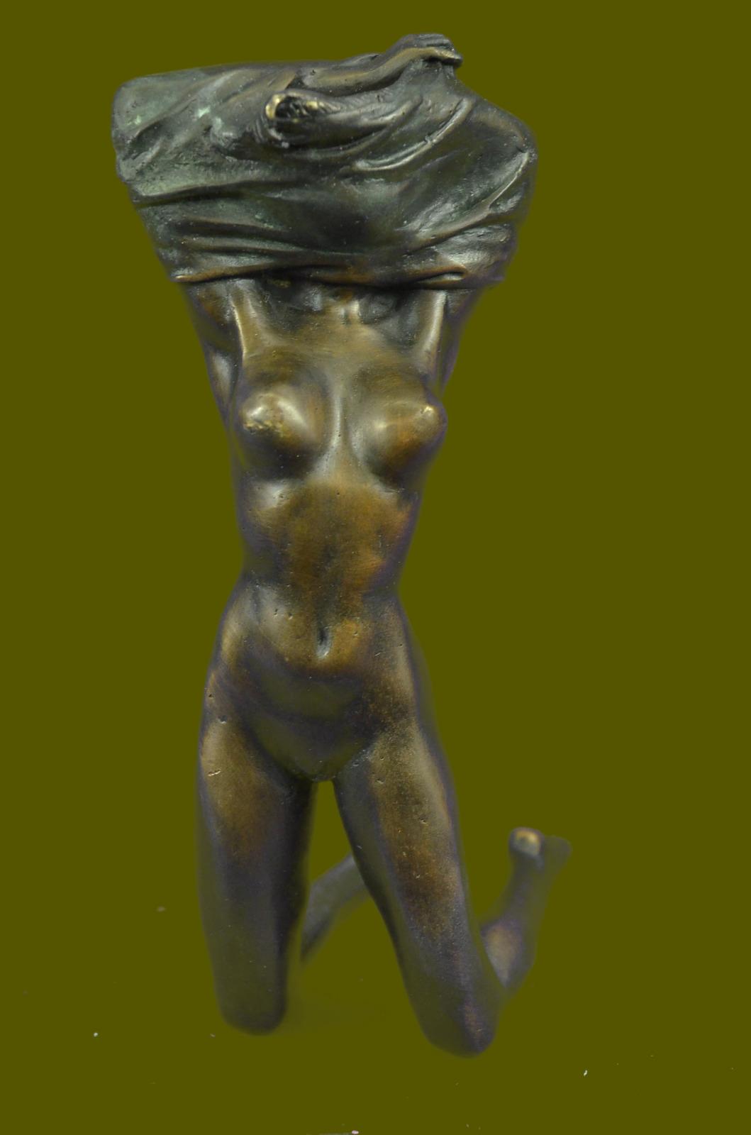 Статуэтки голые женщины 17 фотография