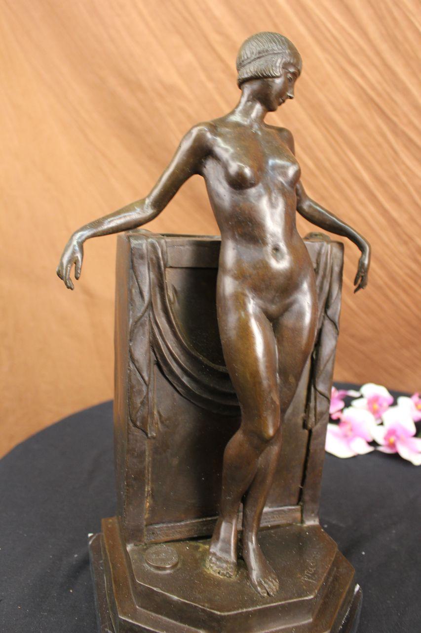 Фото голые статуи 13 фотография