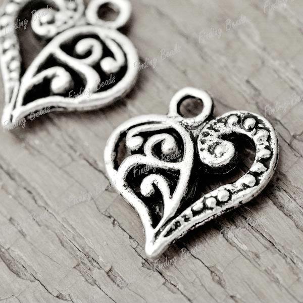 80Pcs Tibetan Silver Heart love Charms Pendants TS2090