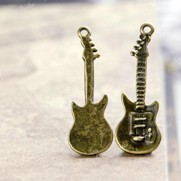 Mengenrabatt-Grosshandel-Antik-Bronze-Musik-Gitarre-Anhaenger-Charms-Schmuckteile