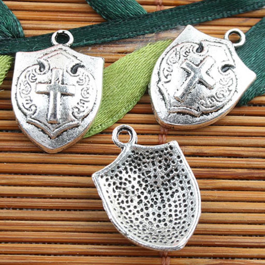 10pcs Alloy metal Tibetan Silver color cross style charms  EF0092