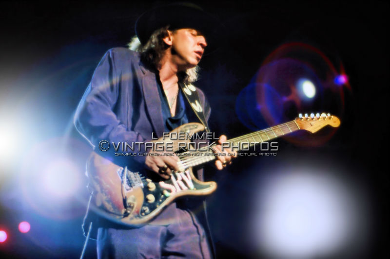 stevie ray vaughan 20x30 inch poster photo live concert march 39 88 akron oh l33 ebay. Black Bedroom Furniture Sets. Home Design Ideas