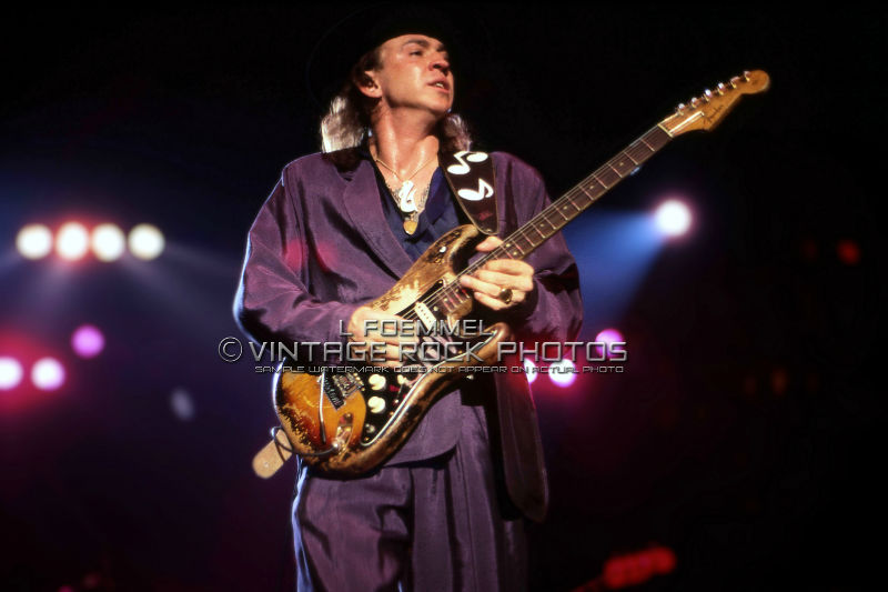 stevie ray vaughan 20x30 inch poster photo live concert march 39 88 akron oh l36 ebay. Black Bedroom Furniture Sets. Home Design Ideas