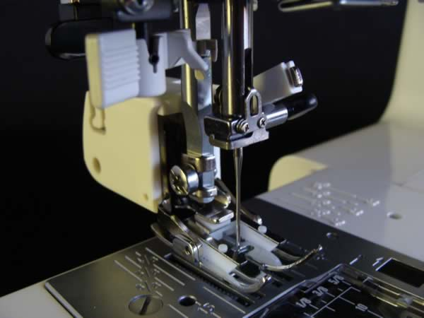 How To Attach Your Walking Foot And Other ScrewOn Feet To Your Gorgeous Brother Sewing Machine Needle Holder Fell Off