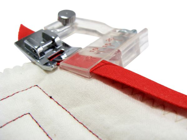 All About Binding Part 40 How To Mitre Corners Cool Sewing Machine Binding Foot