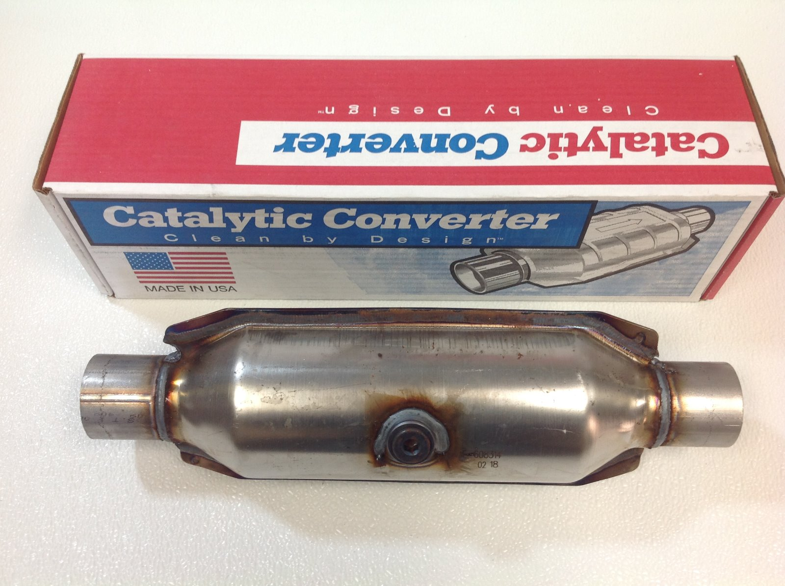 """MagnaFlow 2.25/"""" Heavy Loaded Catalytic Converter Dual O2 OBDII 99065HM"""