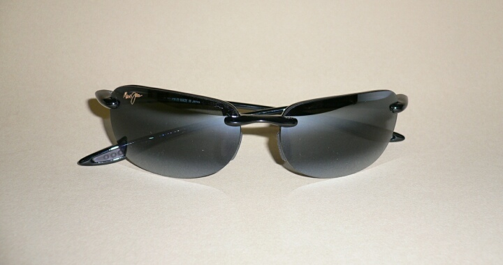 85c4ae5d9b1 NEW Authentic MAUI JIM SANDY BEACH Sunglasses Black Frame 408-02 ...