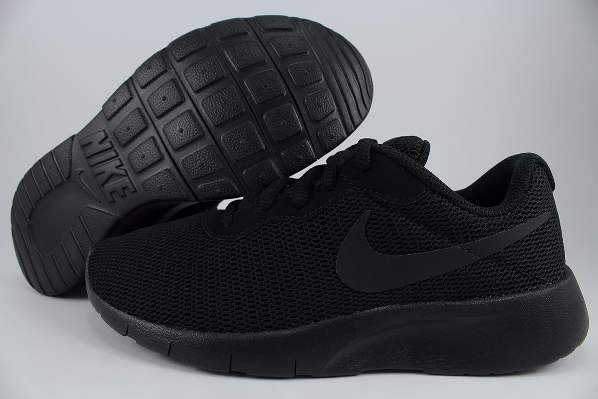 official supplier temperament shoes watch Details about NIKE TANJUN GS TRIPLE BLACK ROSHE ONE RUN TWO RUNNING WOMEN  KIDS US YOUTH SIZES