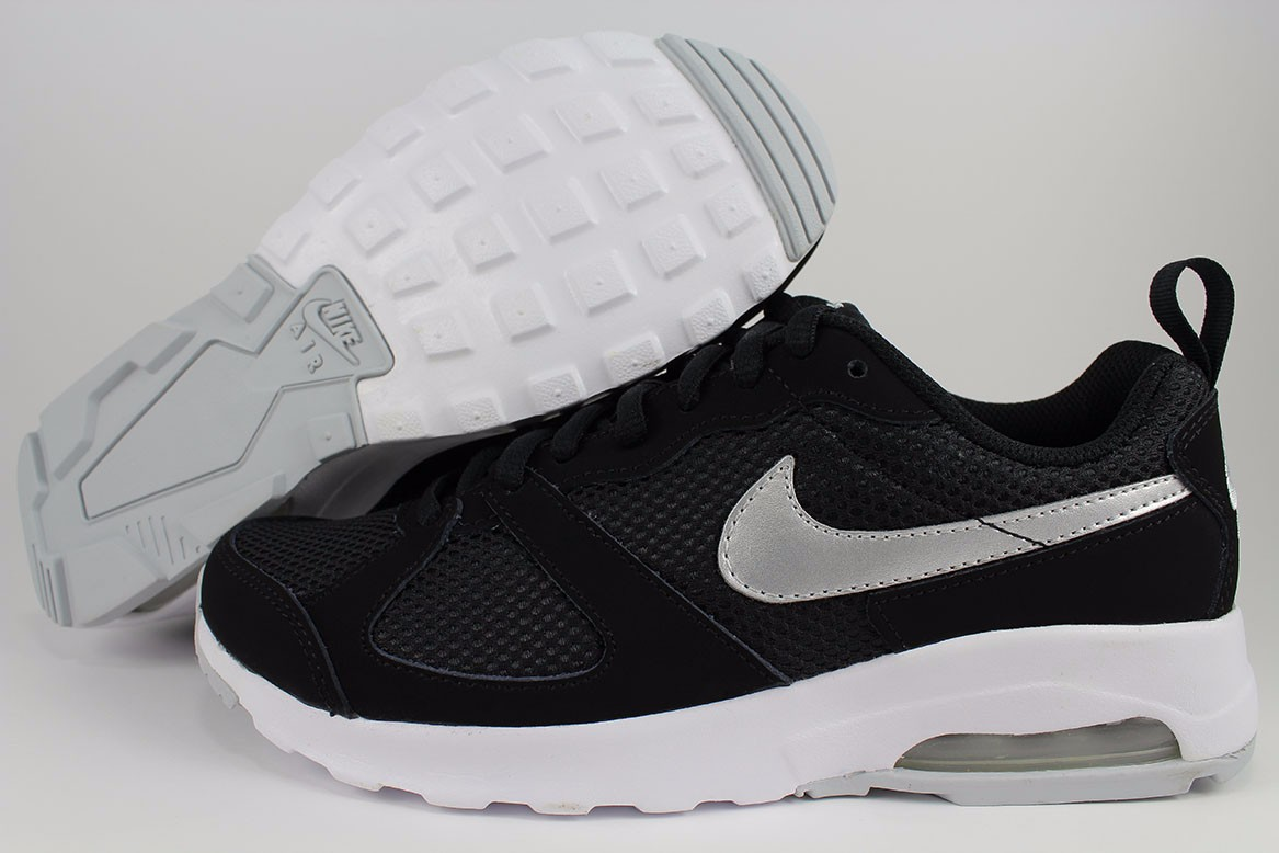 nike air max muse black running shoes