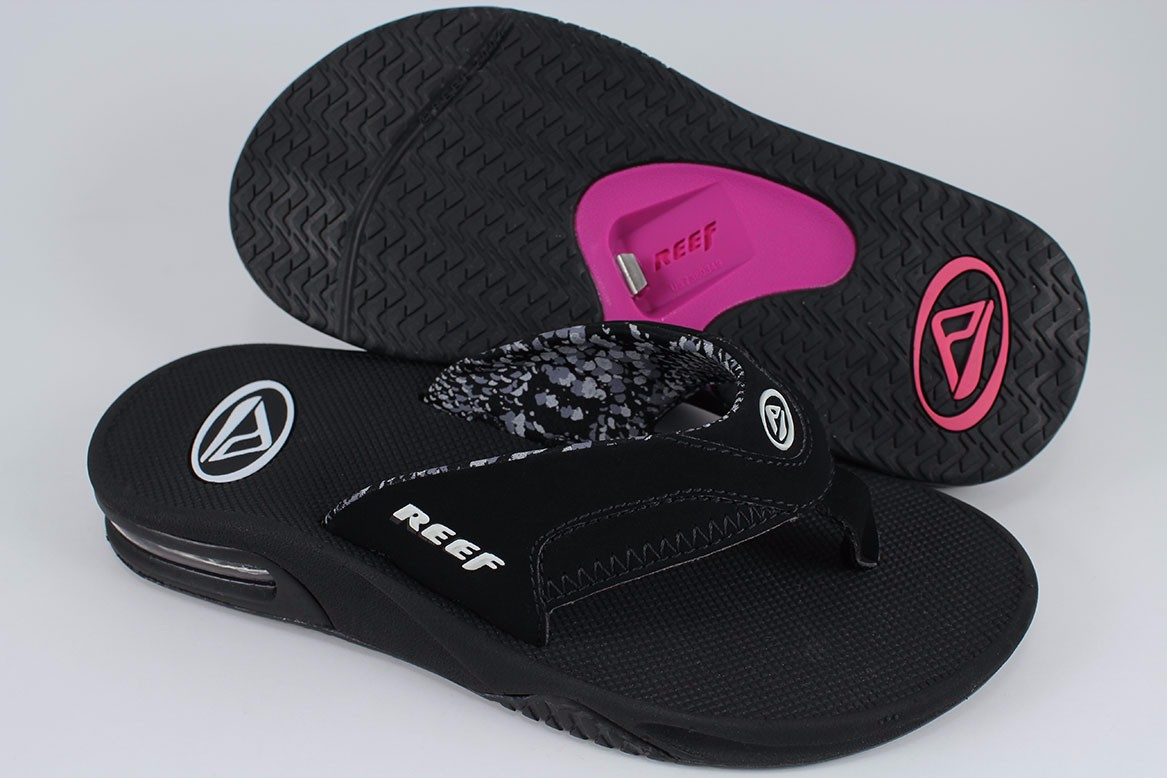 d9ba1da52273 REEF FANNING BLACK WHITE GRAY PINK PURPLE FLIP FLOPS THONG SANDALS ...