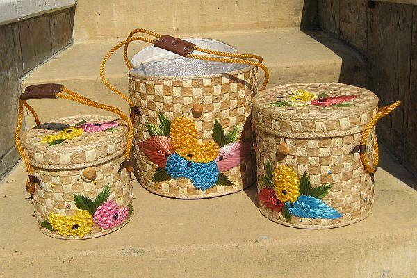 Vintage Trio of Circular Stackable Graduated Woven Raffia Beach Bags Beach Totes