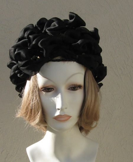 Vintage 50's 60's Filenes Woven Black Silk & Raffia Hat