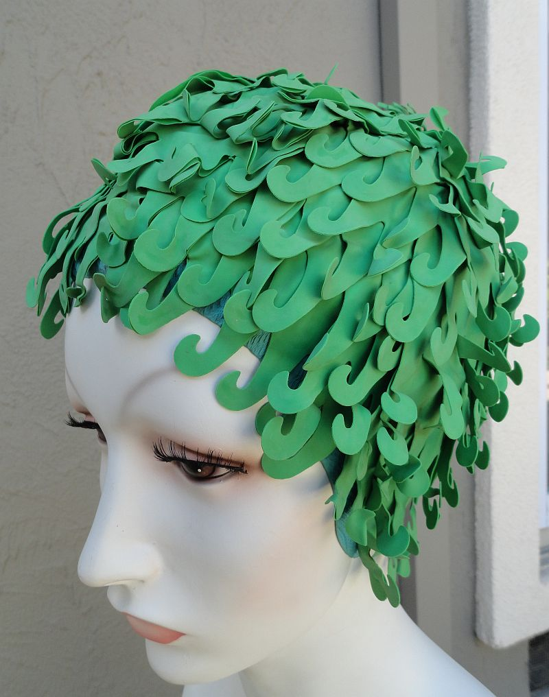 Vintage 60s Kleinerts Olympic Sava Wave Green Rubber Swimcap size Large