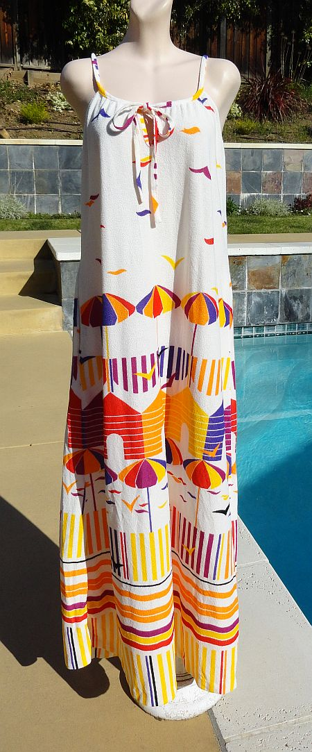 Vintage 70s Umbrella Birds Beach Scene Terrycloth Sleeveless Maxi Dress